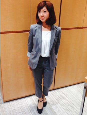 女性 転職 スーツ